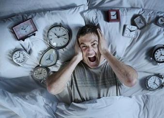 哪些因素容易导致失眠