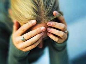 更年期抑郁症是由哪些原因引起